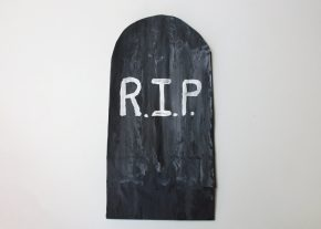 Add lettering to the tombstone