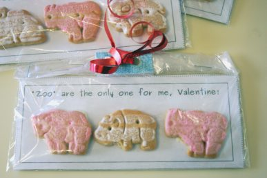A valentine with animal crackers and a cute pun in the message