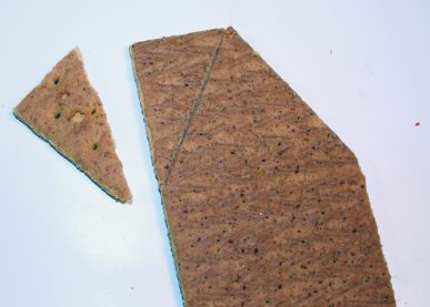 Cutting the graham cracker