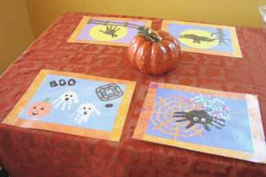 Placemats with Halloween pictures